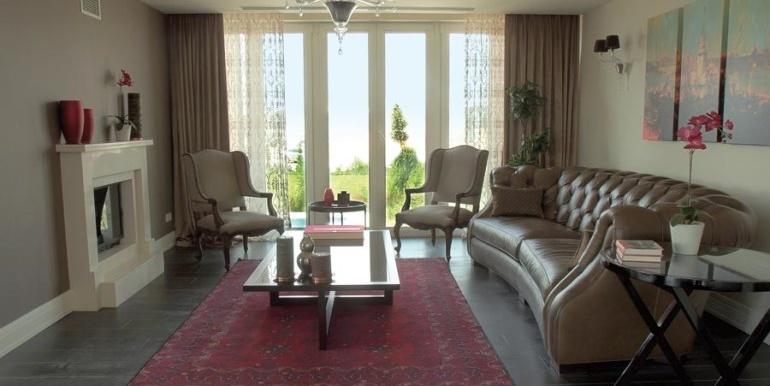 elegant-villa-for-sale-in-istanbul 10 (770 x 513)